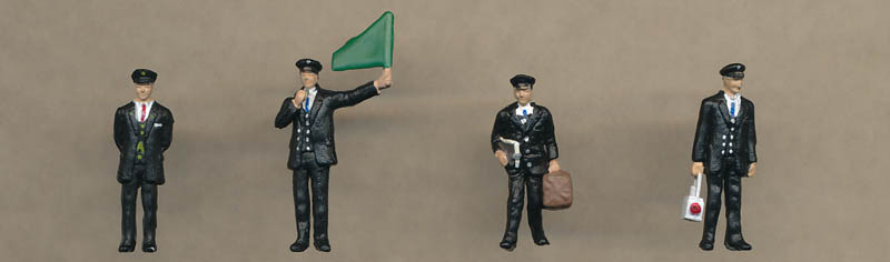 Bachmann 1940/50s Station Staff figures